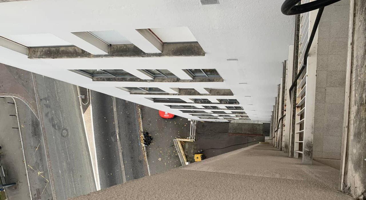 Réhabilitation par chemisage de 2 colonnes d'eaux usées d'un immeuble R+10